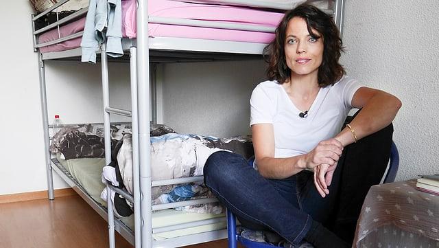 Mona Vetsch im Asylheim