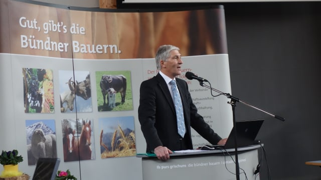Il president da l'Uniun dals purs Grischun a la radunanza generala dal 2014