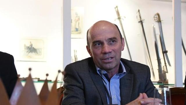 Stefan Koster von der SVP, der Stadtrat, will Chef der Stadtverwaltung werden.