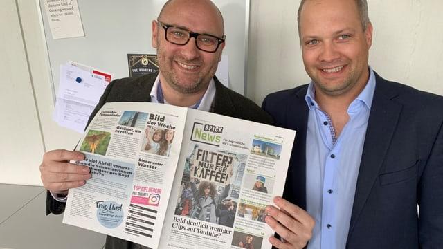 «Spick News»: Die neue Wochenzeitung mit dem Chefredaktor Alexander Volz (links) und Roger Hartmann, Verlagsleiter.