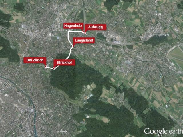 Die Linie der unterirdischen Stollenbahn, aufgezeichnet auf eine Zürcher Karte.