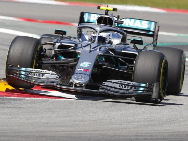 Valtteri Bottas in seinem Mercedes.