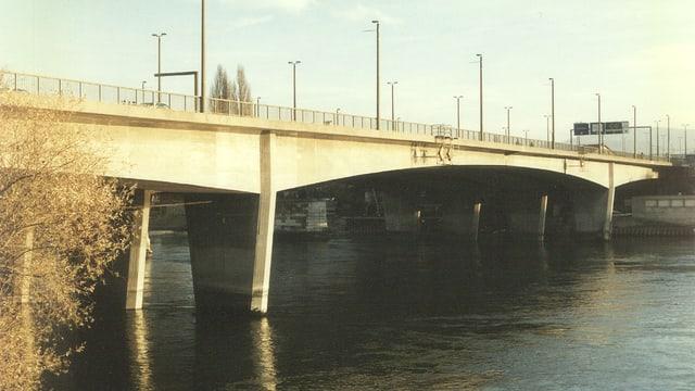 Bild der Schwarzwaldbrücke