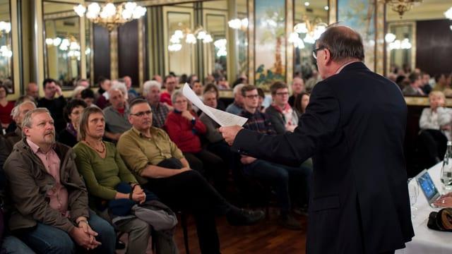Der Grüne Regierungsrat Martin Graf appelliert an die Parteimitglieder, sie sollen einem Linksbündnis zustimmen.