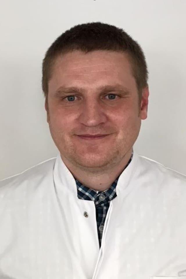 Jaroslaw Tomasz Pietraszkiewicz.