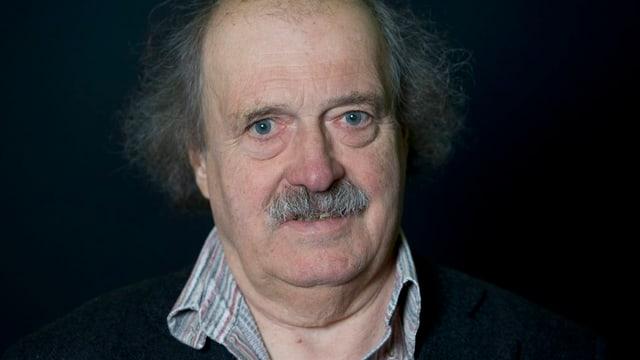 Der Schweizer Schriftsteller Urs Widmer im Alter von 72 Jahren