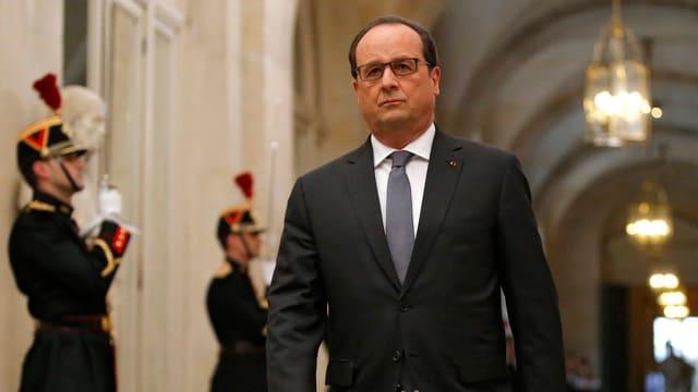 Il president franzos François Hollande.