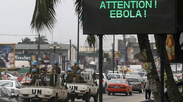 Ils trais stadis pertutgads il fitg da l'Ebola vulan superà l'epidemia enfin il mez d'avrigl