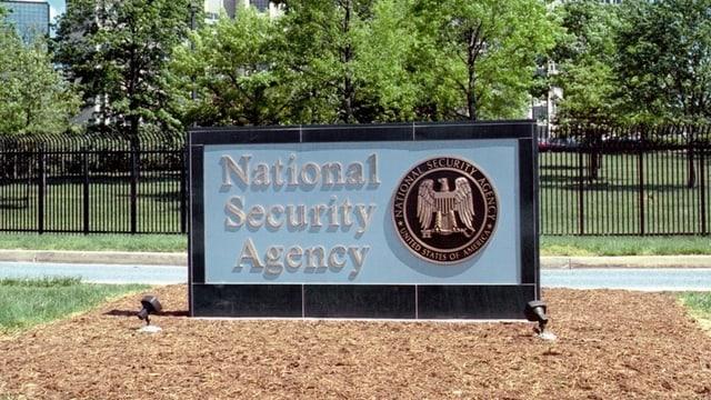 Schil der National Security Agency (NSA) am Hauptsitz in Fort Meade im Bundesstaat Maryland.