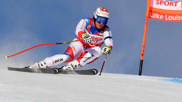 Il skiunz svizzer Beat Feuz en plaina acziun.