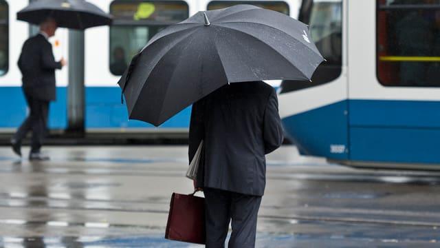 Compliance Officer: Alleine im Regen stehen gelassen.