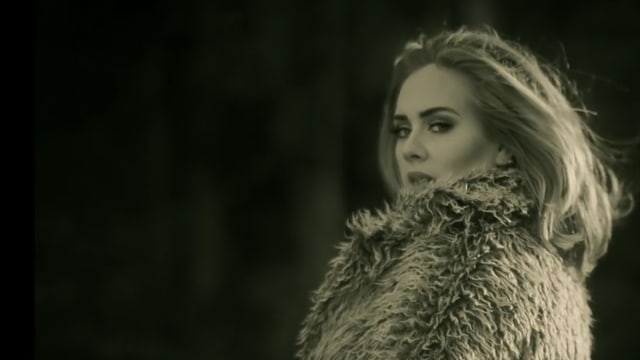 Screenshot aus dem Adele-Clip «Hello»