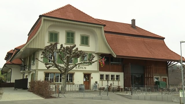 Video «Berner Seeland – Tag 3 – Restaurant Bären, Treiten» abspielen