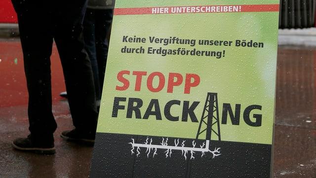 Plakat zur Initiative Stopp Fracking der Grünen in Bern