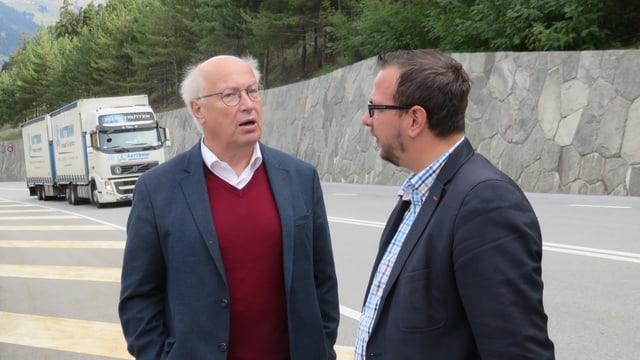 Thomas Burgener diskutiert mit Philipp Matthias Bregy.