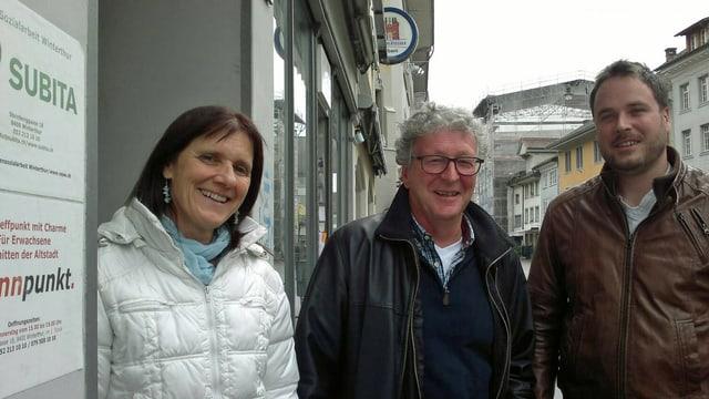 Barbara Heusser, Franz Holderegger, Martin Steinegger in der Winterthurer Altstadt.