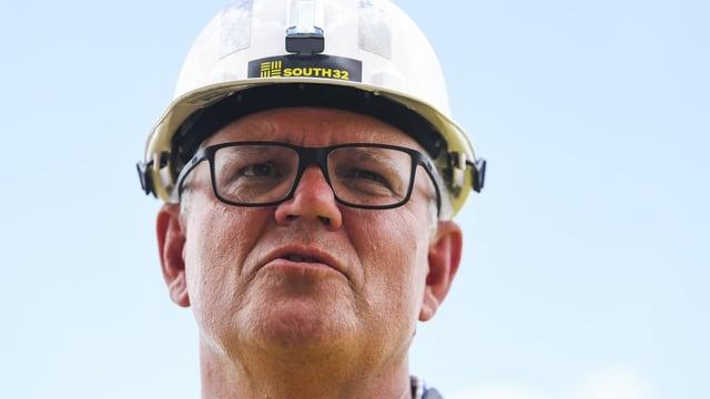 Morrison bei Besuch von Mine