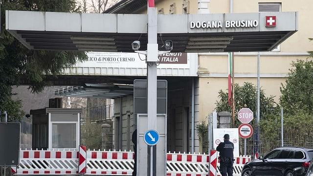 Grenzstation zwischen der Schweiz und Italien