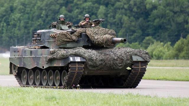 Purtret d'in tanc da l'armada svizra.