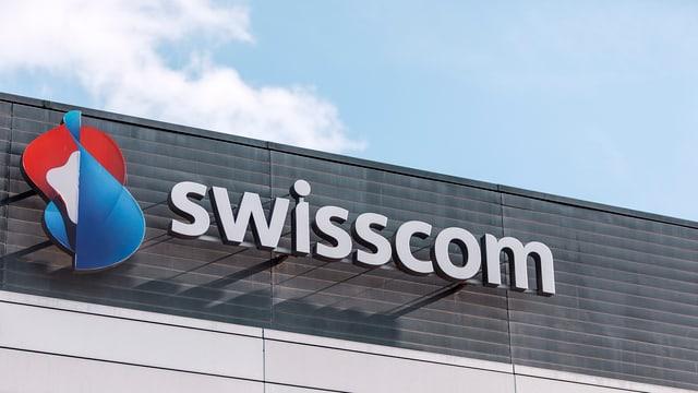Das Swisscom-Signet am Hauptsitz des Unternehmens in Bern.