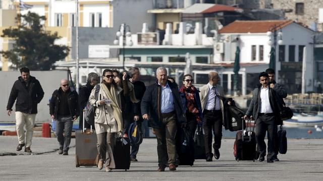 Die Verbindungsoffiziere sind angekommen in Lesbos