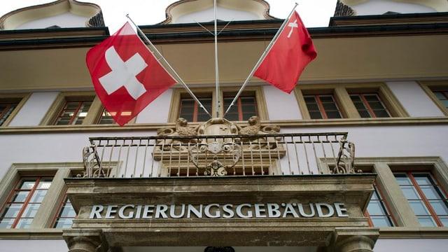 Eine externe Arbeitsgruppe soll auch unorthodoxe Sparideen für den Kanton Schwyz unter die Lupe nehmen.