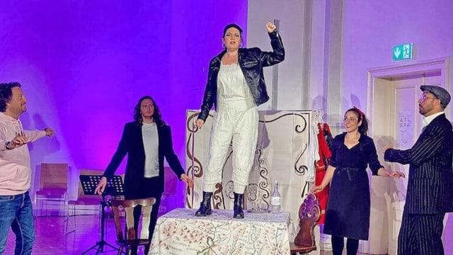 «La spusa chapriziusa» da Gioacchino Rossini en rumantsch