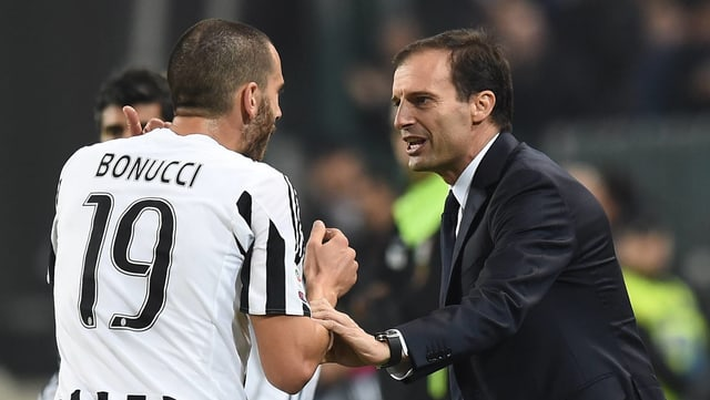 Leonardo Bonucci und sein Trainer Massimiliano Allegri.