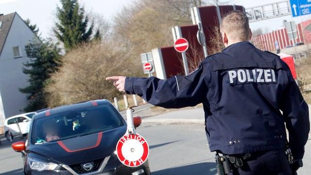 Policist.