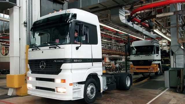 Lastwagen Daimler