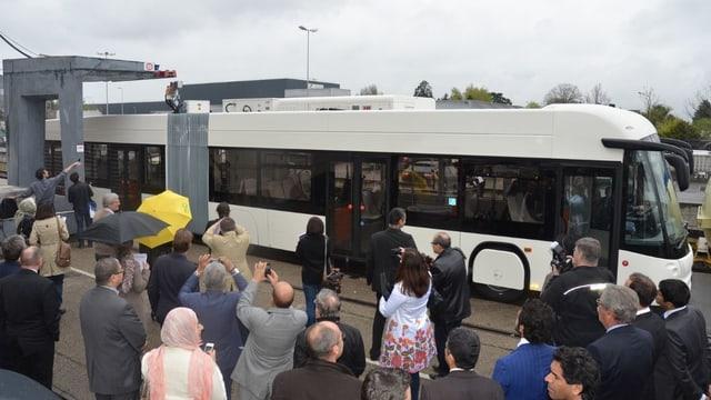 Elektrogelenkbus in Genf