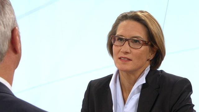 Video «ECO – Das Wirtschaftsmagazin: Im Studio Andréa Maechler   US-Parlamentssitze   Europa-Serie (2)» abspielen