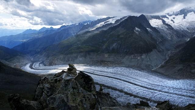 Sicht auf den Aletschgletscher vom Eggishorn aus.