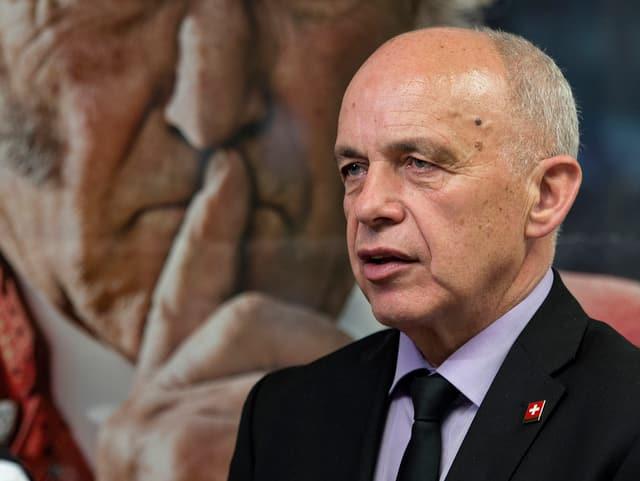 Verteidigungsminister Maurer 2015 in Bern.