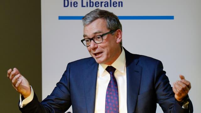 Würde sich auch im «Stöckli»  für den Finanzplatz Zürich stark machen: Nationalrat Ruedi Noser.