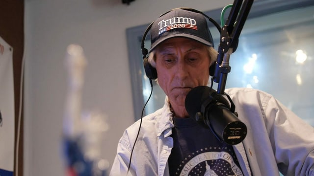 Radiomoderator Chris Hart.