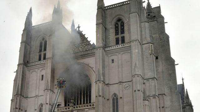 Incendi en catedrala.