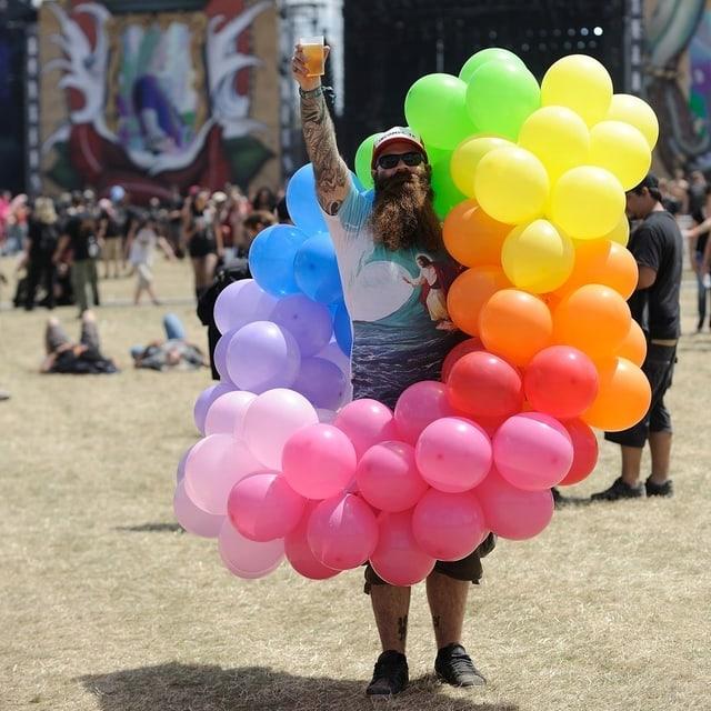 Martin mit seinen Ballons