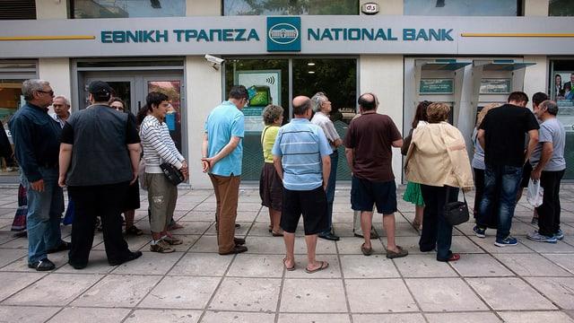 Video «Land am Abgrund – Auswege aus der griechischen Tragödie» abspielen