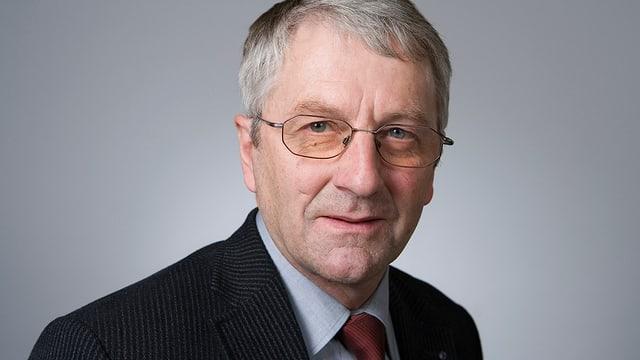 Porträt von Walter Müller.