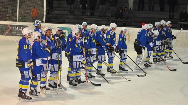L'equipa da hockey da San Murezzan (2. liga)