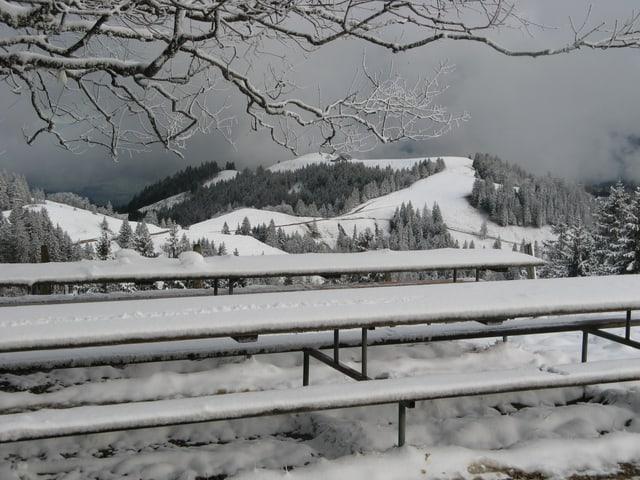 Schon am Sonntagnachmittag hatte es auf dem Napf etwas Schnee.