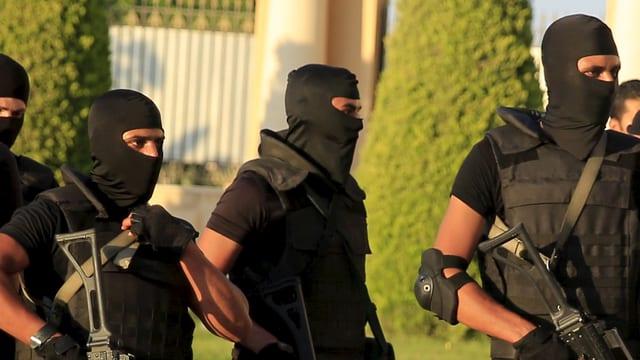 Policists egipzians d'ina truppa speziala.