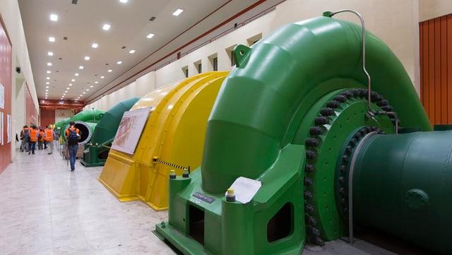 Pumpen, Turbinen und Generatoren im Pumpspeicherkraftwerk Grimsel 2.