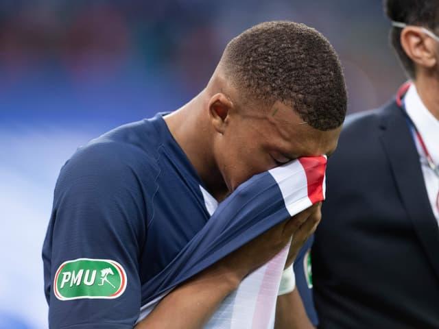 Kylian Mbappé muss 3 Wochen pausieren.