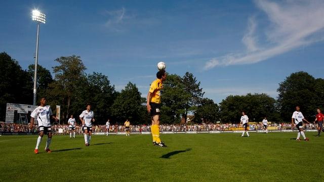 Ein Match im Stadion Breite (FCS gegen Aarau, 2007) - die Schaffhauser werden wohl noch eine Weile dort weiterkicken.
