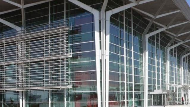 Die Fassade des EuroAirports