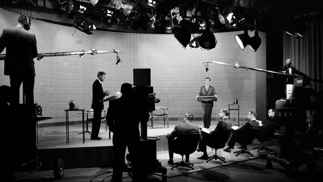John F. Kennedy 1960 im TV-Studio.