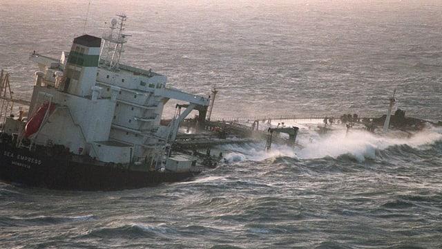 Der Tanker «Sea Empress».