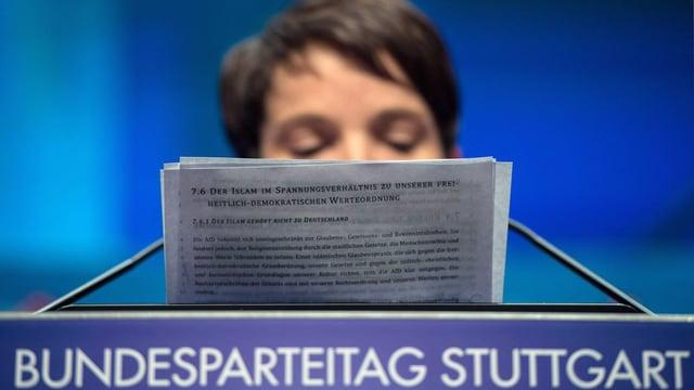 Frauke Petry, la schefa da la partida AfD legia il chapitel decidÌ